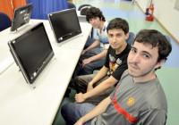 Estudantes de Sistemas de Informação se destacam na Maratona de Programação da USP