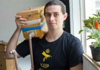 Aluno da EACH desenvolve experimento de criar abelhas em apartamento e ganha destaque na imprensa
