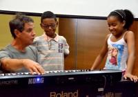 Projeto de iniciação musical atrai crianças para a EACH