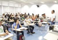 Iniciativa da EACH Social, cursinho pré-vestibular começa as suas aulas
