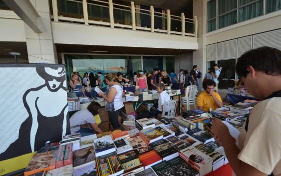"""Abertas as inscrições para voluntariado na """"VIII Edição da Festa do Livro da USP Leste – EACH"""""""