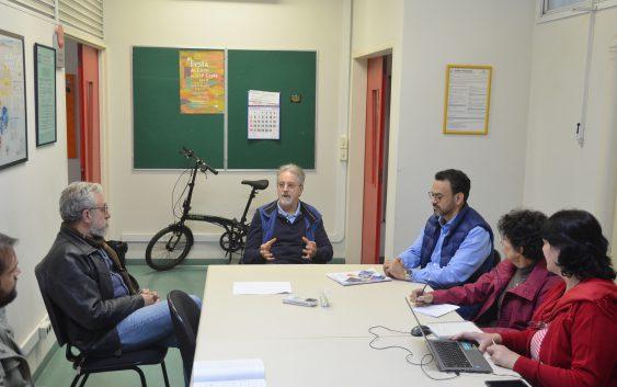 Professor de universidade australiana se reúne com Grupo Interdisciplinar de Estudos do Lazer