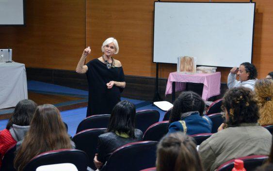 """Evento """"Chá da Têxtil"""" discute silhueta feminina"""