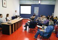 Coordenadora doPrograma USP Aproxima-Açãovisita a EACH