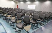 Anfiteatros do Ciclo Básico da EACH ganham cadeiras novas