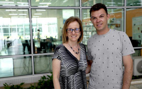 Diretora da EACH recebe doutorando que ministrará cursos e oficinas de Inglês na Escola