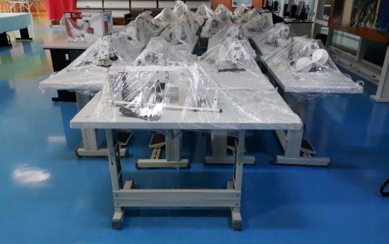 Curso de Têxtil e Moda recebe maquinário industrial eletrônico